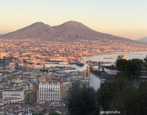 Adım Adım Napoli